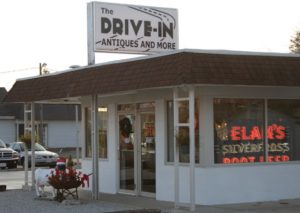 Drive In Antiques with Elan Root Beer sign